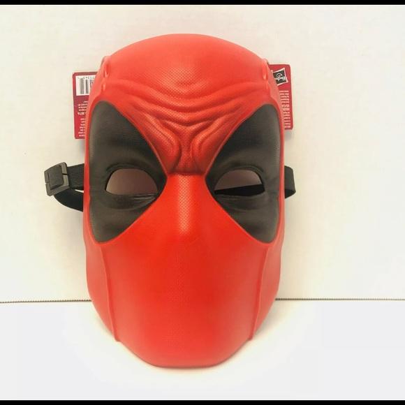 Marvel Deadpool Face Hider Mask